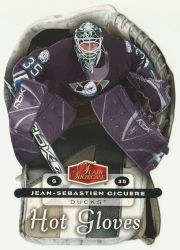2006-07_Flair_Showcase_Hot_Gloves_HG01_Jean-Sebastien_Giguere.jpg