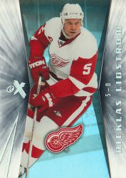 2008-09_Ultra_EX_Essential_Credentials_26_Nicklas_Lidstrom.jpg